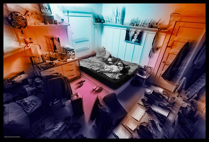 Mujer tendida en la cama con un halo de colores